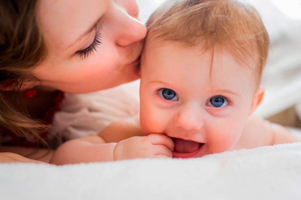 زمان و مقدار مصرف فولیک اسید توسط مادر باردار